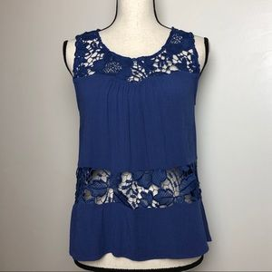 Crochet Lace Sleeveless Top in Small